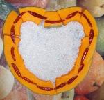 Herz aus Kürbis, Chilli und Reis